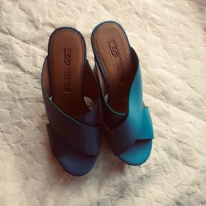 LEILA stone rose wedges blue sandals pre-owned